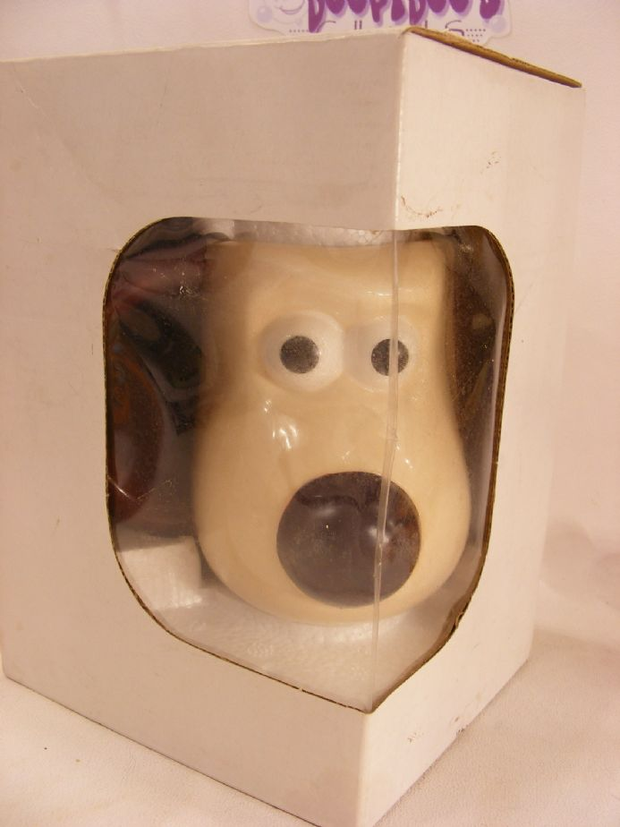 MIB GROMIT MUG FROM WALLACE AND GROMIT